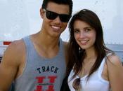 Taylor Lautner béguin pour Emma Roberts.