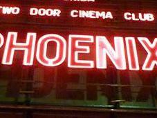 Review Concert Phoenix Door Cinema Club