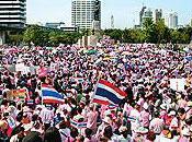 chemises roses manifestent pour demander protestations antigouvernementales
