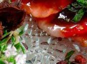 Carpaccio fraises poivre Sichuan miel balsamique