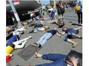 Greenpeace sensibilise passants nucléaire plein Zurich