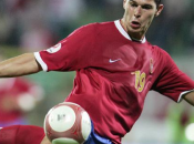 Mannschaft genou terre fasse Serbie