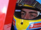 Fernando Alonso travaille dans simulateur Ferrari