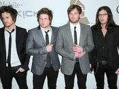 "Kings Leon disent ""Glee"""