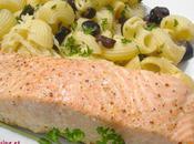 Saumon l'unilatéral pâtes olives noires piquantes