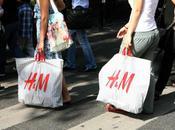 Bientôt soirée d'ouverture H&M; Champs-Elysées...