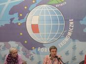 surendettement handicape redressement l'Europe l'Est
