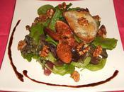 Salade figues rôties balsamique, noix toast gorgonzola