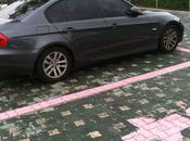 Places parking rose réservées femmes