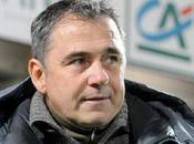 Michel Estevan pourrait plomber Arles-Avignon