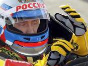 Vladimir Poutine volant d'une Renault
