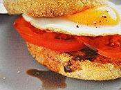 Muffin l'oeuf tomate