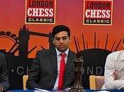 Echecs Angleterre Carlsen battu d'entrée