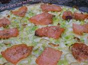 Pizza saumon, poireau crème d'ail