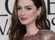 Anne Hathaway dans peau Catwoman