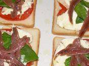 Croque tomate-mozzarella-anchois