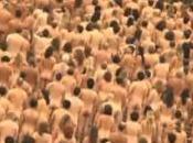 Australie: 5.000 personnes posent nues devant l'opéra