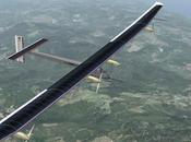 Suisse, l'avion solaire décollé