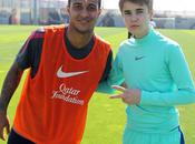 Justin Bieber Recruter dans Barcelona (Vidéo)