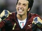 Buffon veut choisir entre Agüero Rossi