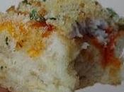 Pizza pâte épaisse sardines chapelure (sans fromage).