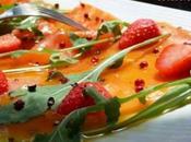 Salade saumon fume fraises, sauce agrumes