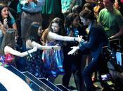 Robert Pattinson tout sourire Teen Choice Awards