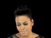 Jill Scott, émouvante dans nouvelle vidéo pour titre Hear Call
