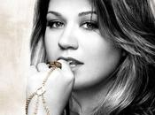 Kelly Clarkson pochette Stronger dévoilée.