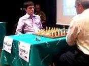 Echecs Star Garry Kasparov gagne coups