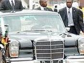 Paul Biya effectue tour dans rues Yaoundé