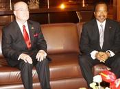 Paul Biya discute politique affaires avec l'ambassadeur Etats unis