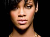 Rihanna dépense année corps!