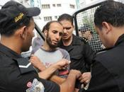 Tunisie: Echauffourées entre policiers islamistes Tunis