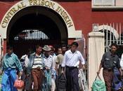 """portes prisons birmanes sont ouvertes toute journée pour libérer plusieurs dizaines prisonniers d'opinion, dont Zarganar, """"Coluche"""" birman"""