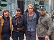 Expendables Exit Rourke....bienvenue Chuck Norris...on set!