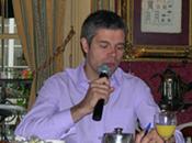 """droite """"sociale"""" Laurent Wauquiez, c'est comme l'éléphant rose, trompe énormément..."""