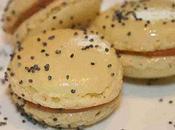 Macaron foie gras poire graines pavot