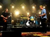 titres live Them Crooked Vultures.