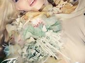 """nouveau parfum """"Flora"""" Gucci avec fraîche Abbey Kershaw égérie!"""