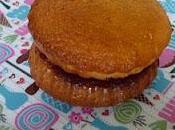 Gâteau yaourt comme sandwich compote cerise