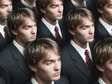 Lorsqu'une entreprise cherche recruter clones, cela veut-il dire management inefficace