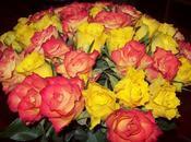 Bouquet roses gâteau fondant chocolat