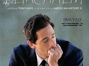 Critique Ciné Detachment, film m'as-tu-vu survolant sujet...