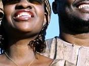vidéo Amadou Mariam accompagnés Radio pour Wily Kataso