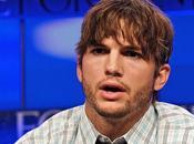Après Georges Clooney pour incarner Steve Jobs, Ashton Kutcher...