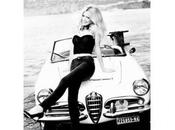 Claudia Schiffer Alfa Romeo pour Guess