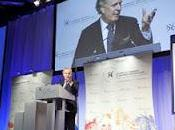 Moqueries l'endroit étudiants Jean Charest refuse s'excuser