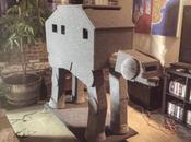 Insolite logement pour chat forme d'AT-AT