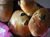 Briochettes raisins, écorces d'oranges épices